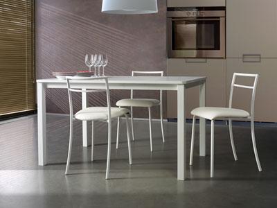 Tavolo cucina con sedie arredamento - Epierre