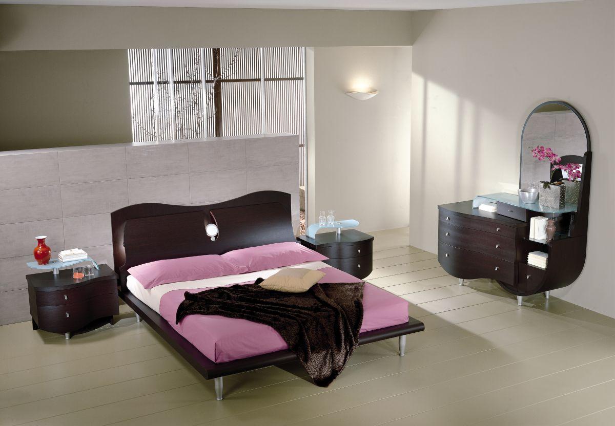 Arredamento camera da letto letto biancheria mobili - Camera da letto moderno ...