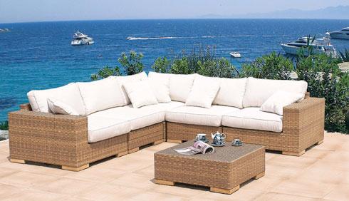 arredamento giardino: mobili, accessori, coperture
